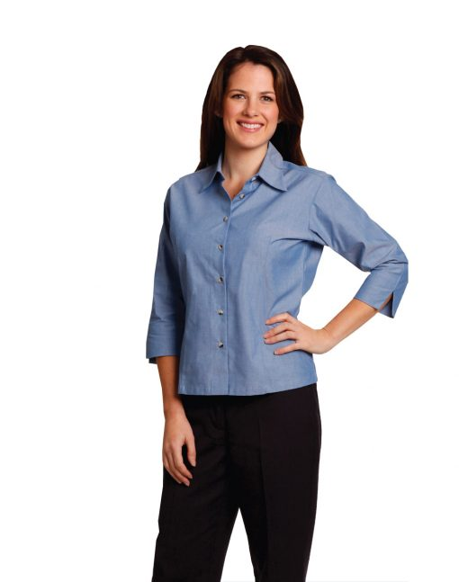 Ladies' wrinkle free chambray shirt 3/4 sleeve